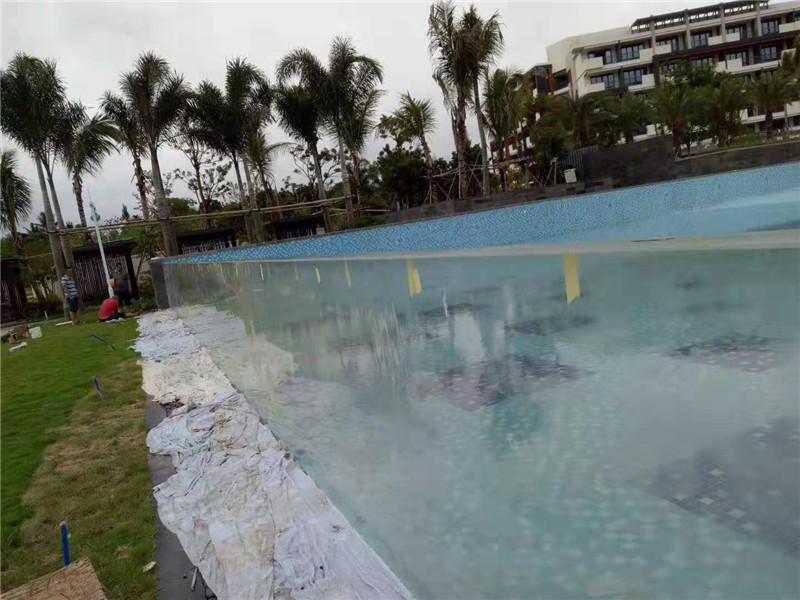 panneaux de piscine en acrylique en plein air coupés sur mesure
